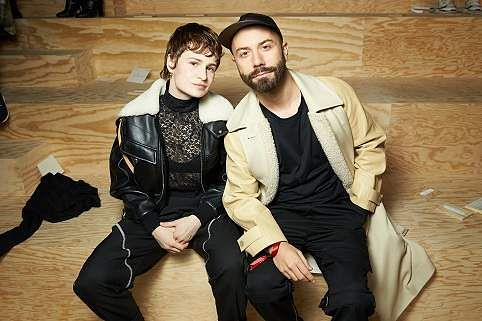 CHRISTINE_AND_THE_QUEENS,_WOODKID