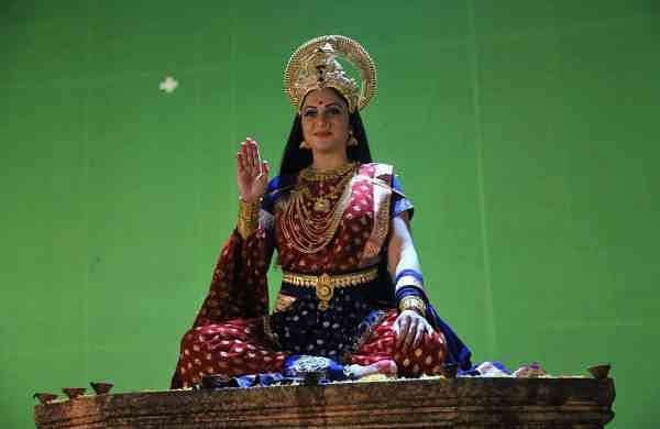 Gracy Singh as Goddess Santoshi Maa (Photo: IANS)