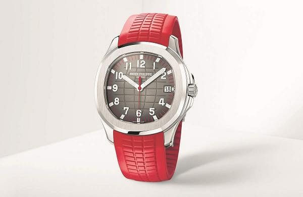 Patek Aquanaut Red edition: Introduced at the Watch Art Grand Exhibition in Singapore, the Ref. 5167A-012 Aquanaut in steel comes in a 500-piece limited edition series. Price on request.
