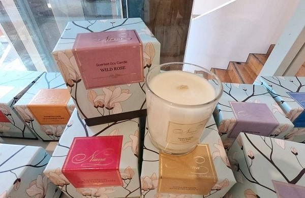 Handmade_Perfumed_Soy_Candles_Rs_750_-_Rs_1500