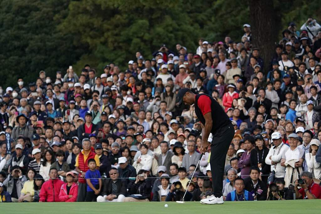 Tiger Woods of the United States attempts a putt during the final round of the Zozo Championship PGA Tour at the Accordia Golf Narashino country club in Inzai, Japan. (AP Photo/Lee Jin-man)