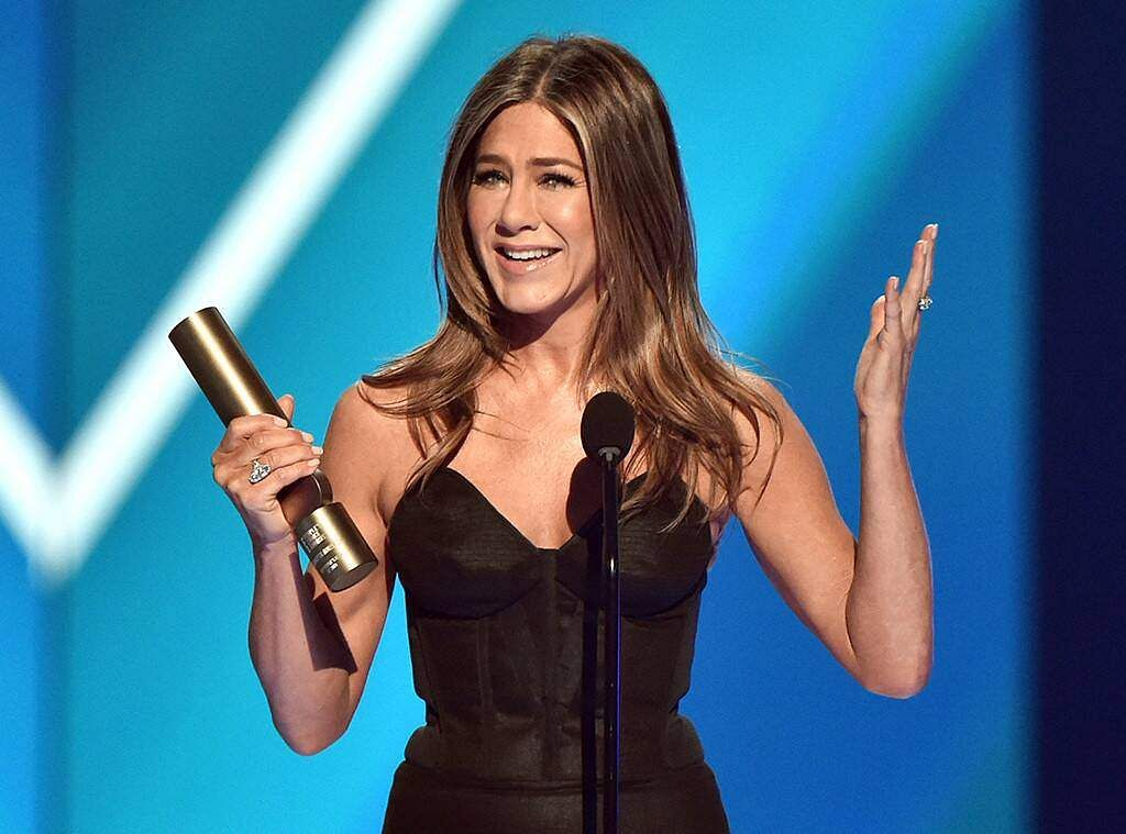 Actress Jennifer Aniston, who won the People's Icon Award at the 2019 E! People's Choice Awards