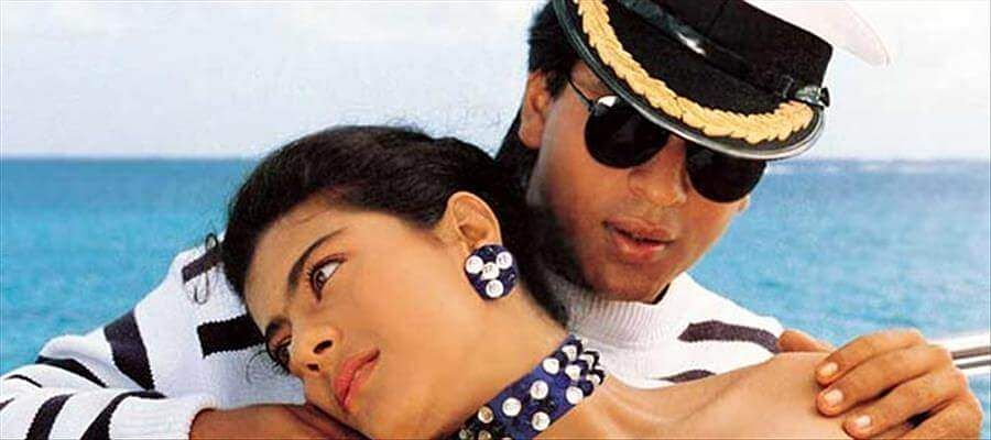 Shah Rukh Khan and Kajol in a still from Baazigar