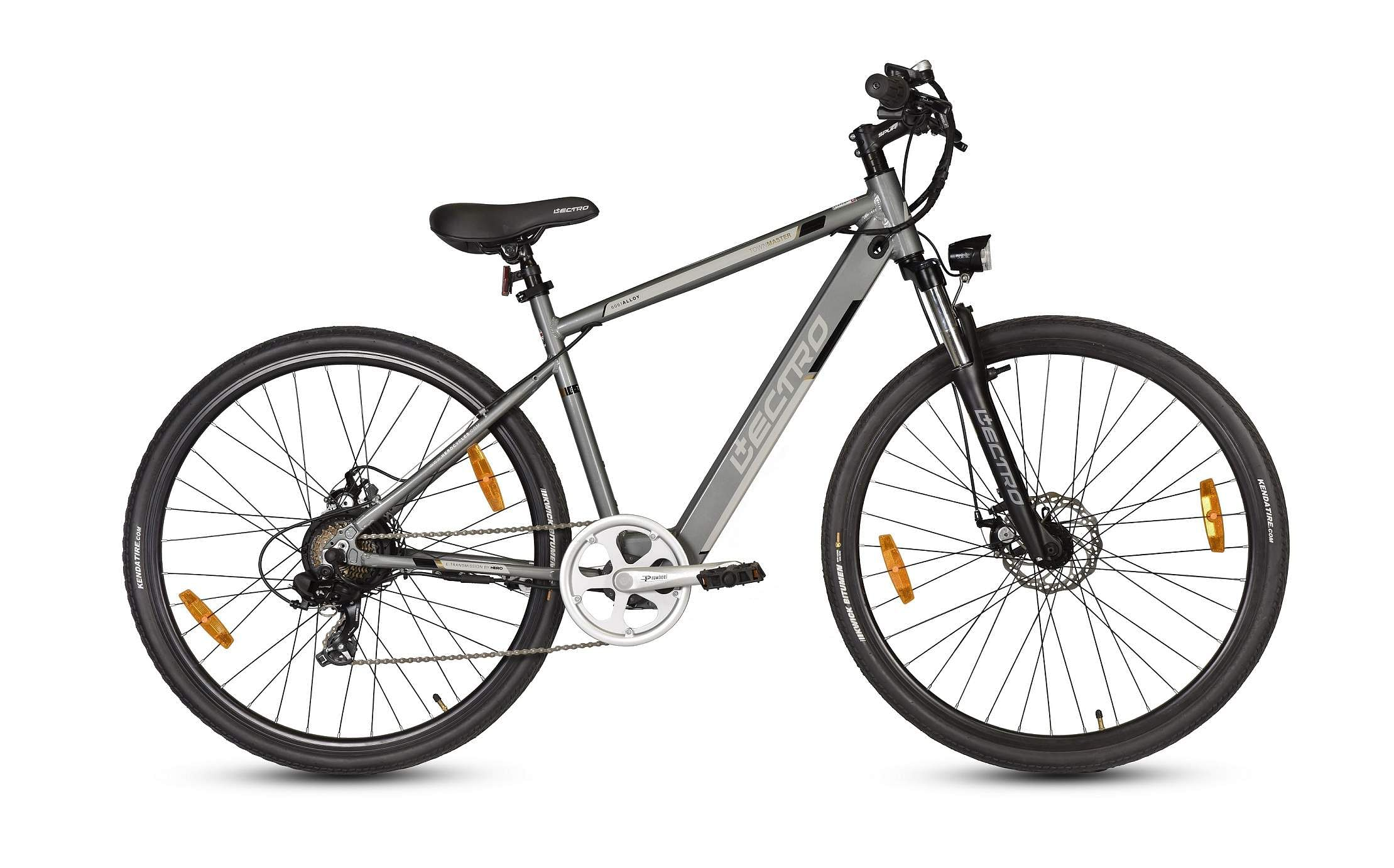 Lectro TownMaster: An e-bike that can be charged from a regular plug point and can go up to 40 km on a single charge. Ideal to improve your health and help the environment. INR 30,999.