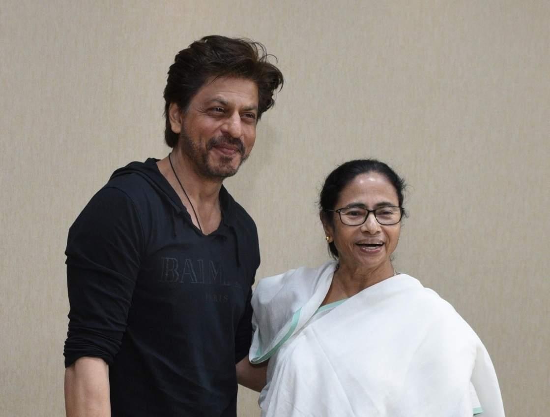 Chief_Minister_Mamata_Banerjee_and_Shah_Rukh_Khan_