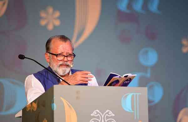 Pankaj Kapur reads from Dopehri at the Bangalore Literature Festival