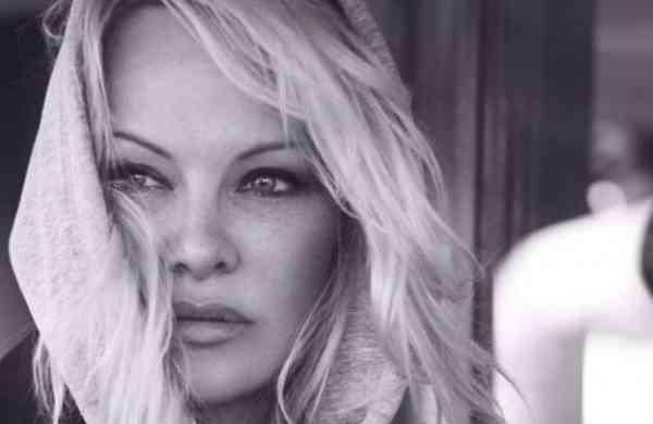 Pamela Anderson (Photo: Twitter/@pamfoundation)