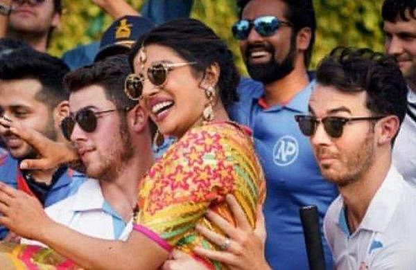 Priyanka, Nick and Kevin Jonas