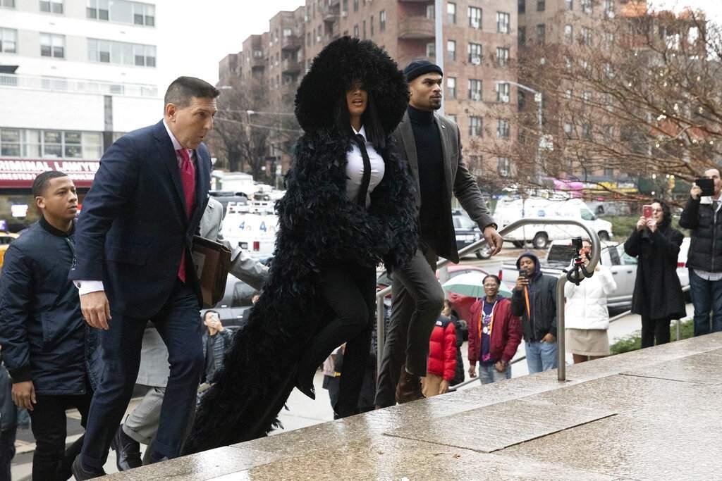 Rapper Cardi B arrives at Queens Criminal Court (AP Photo/Mark Lennihan)