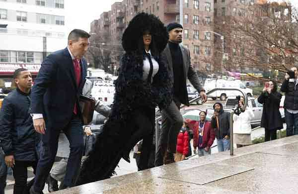 Rapper Cardi B arrives at Queens Criminal Court (AP Photo/Mark Lennihan)