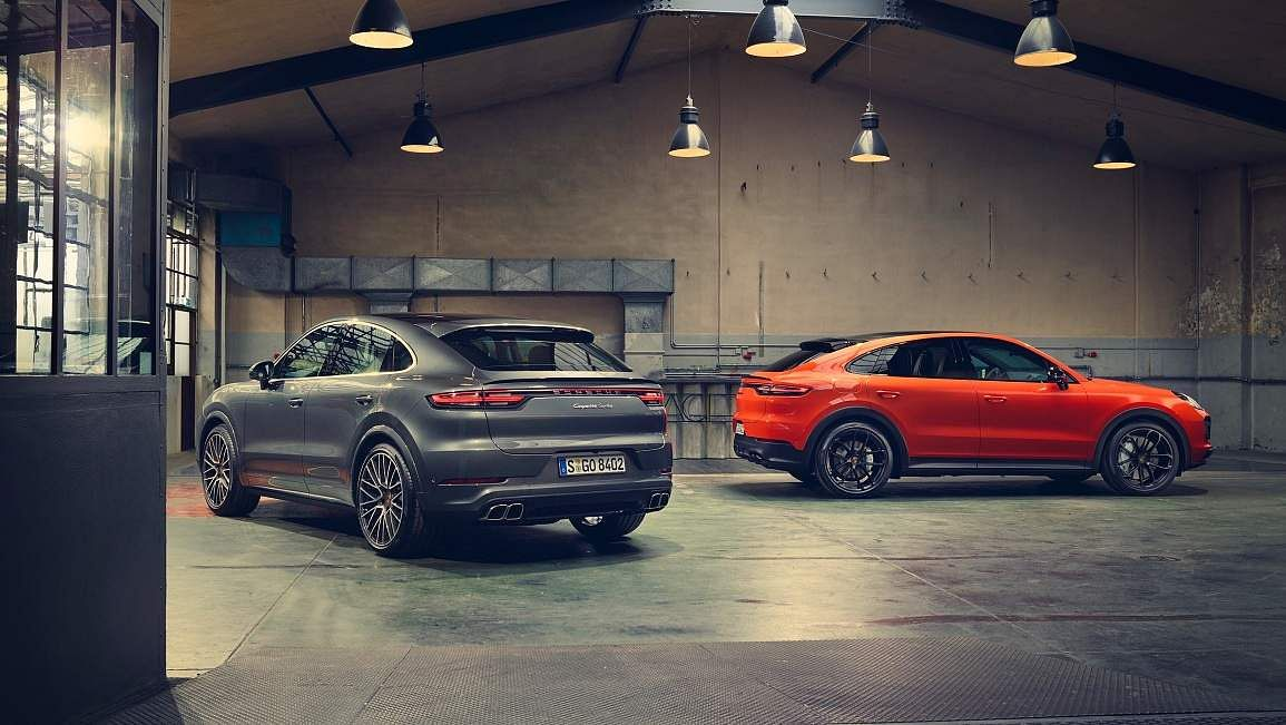 Cayenne Turbo Coupé, 2019, Porsche AG: Fuel consumption combined 11.4 - 11.3 l/100 km; CO2 emissions combined 261 - 258 g/km.
