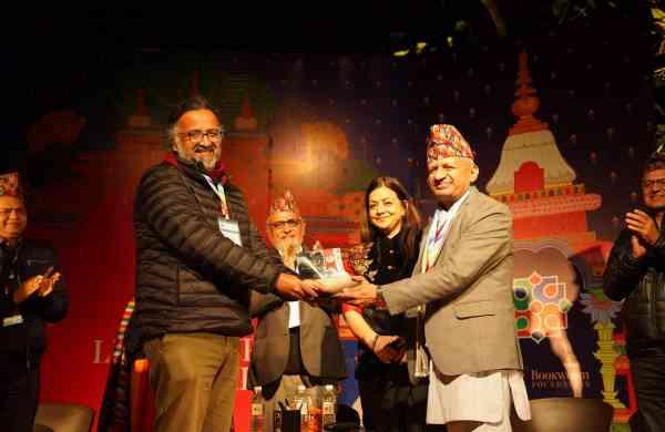 Amitabha Bagchi wins DSC Prize 2019