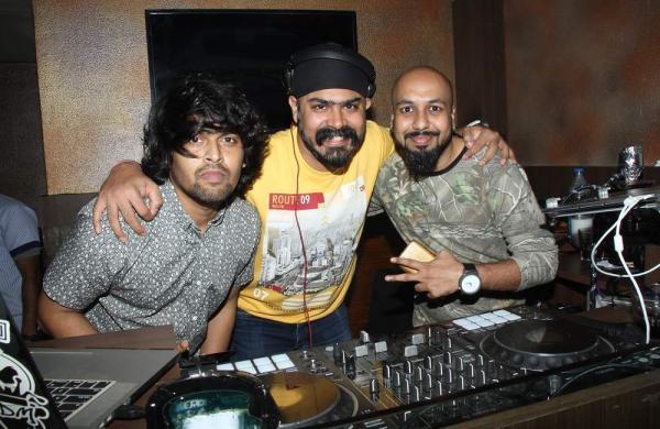 DJ_Roni,DJ_Dippy_Bindra_,DJ_Sandy