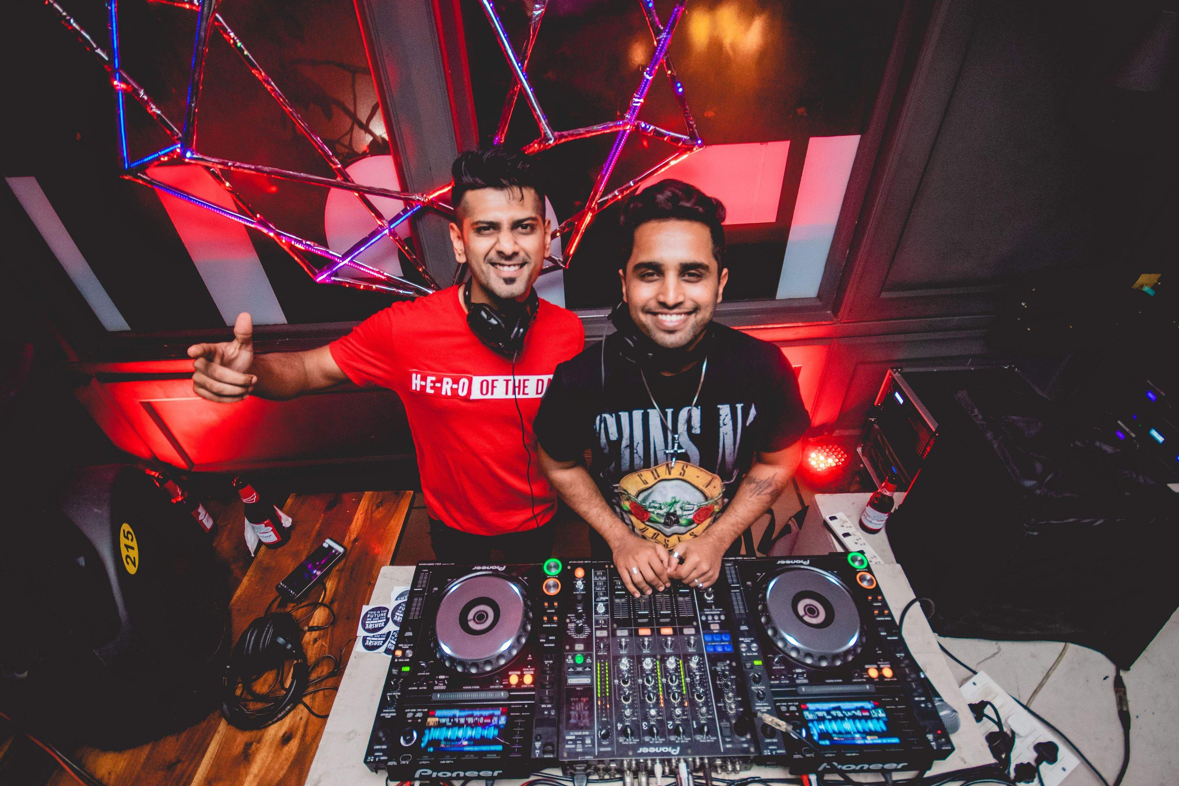 DJ duo Answer