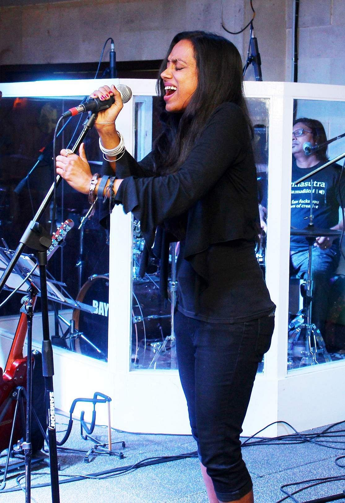 Nandita Sashidaran belting out powerful vocals at Bay 146