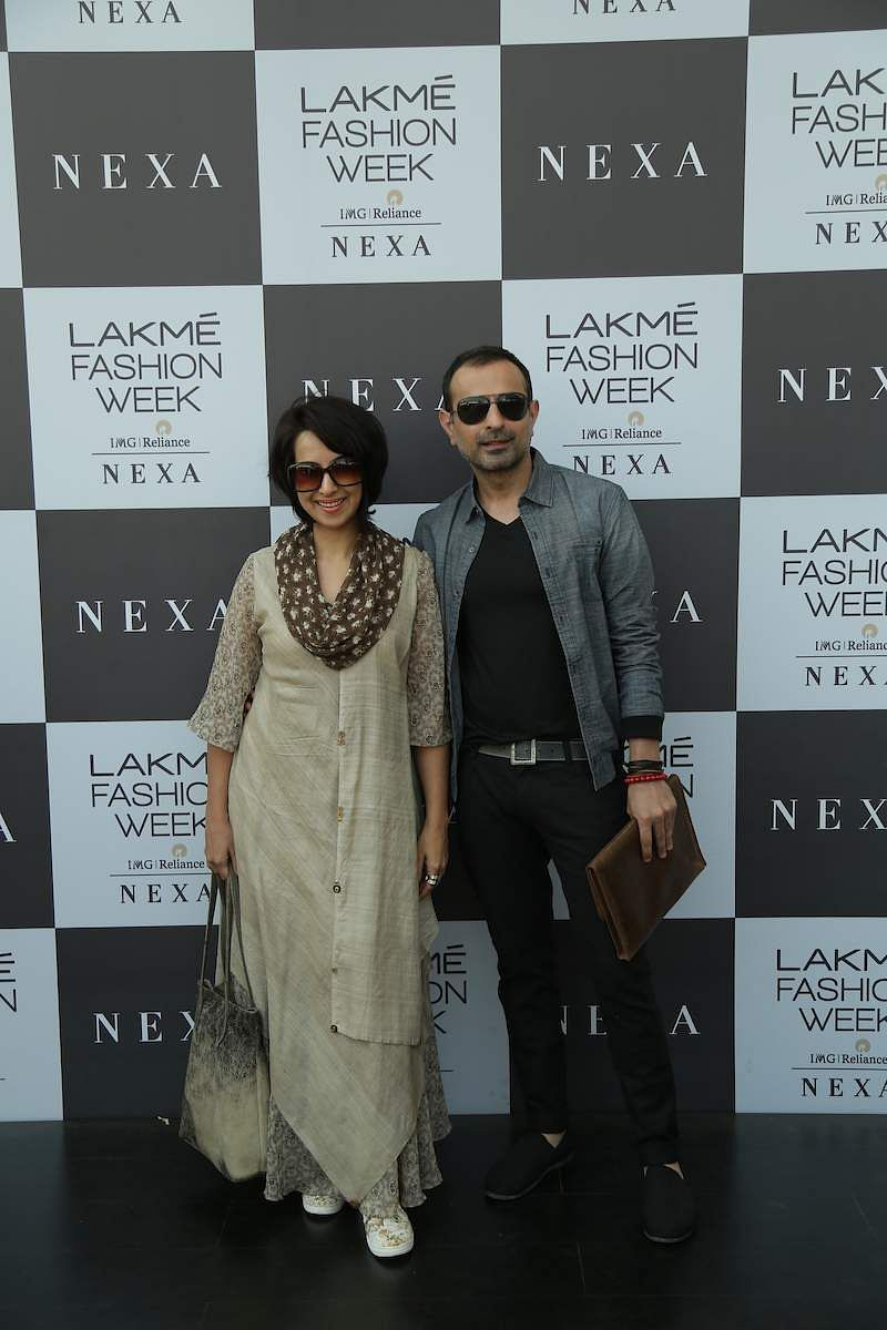 Shraddha_Nigam_and_Mayank_Anand_spotted_at_LFW_2019