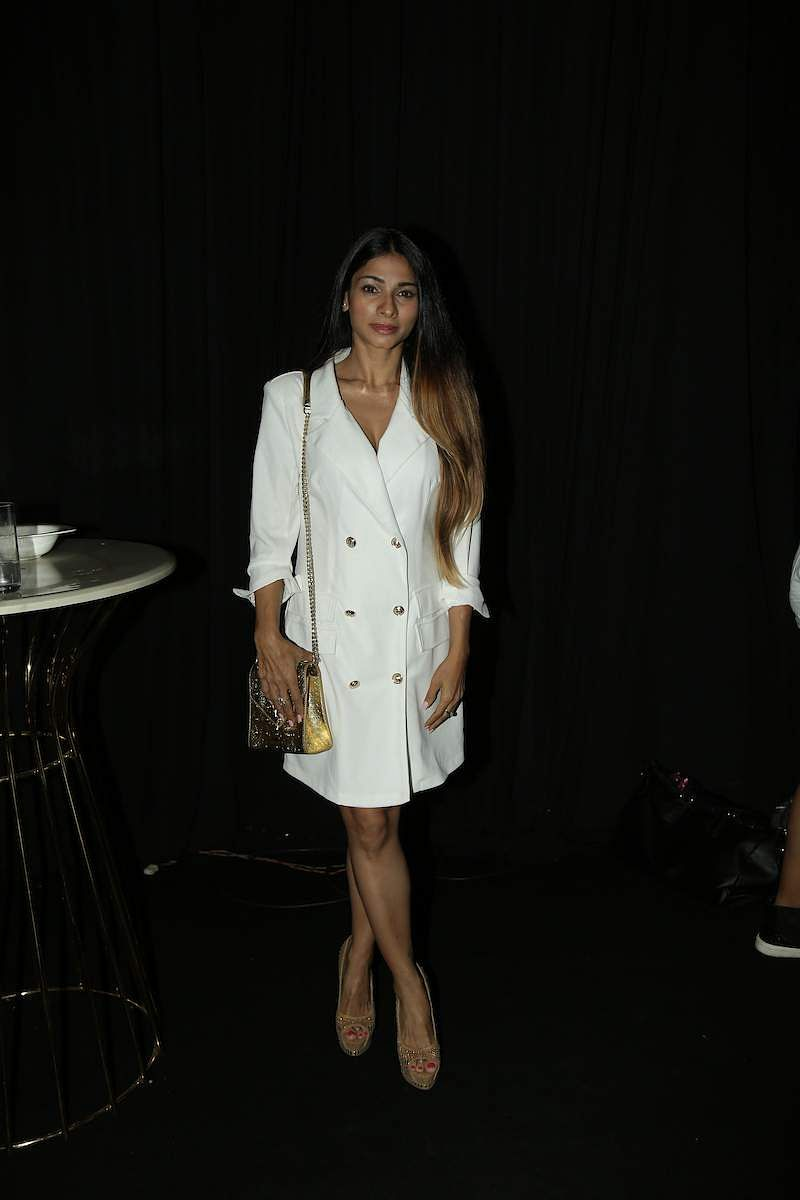 Tanishaa_Mukerji_spotted_at_LFW_2019