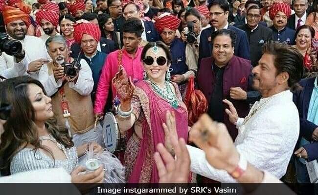 Nita Ambani shakes a leg with Shah Rukh Khan and his wife Gauri Khan