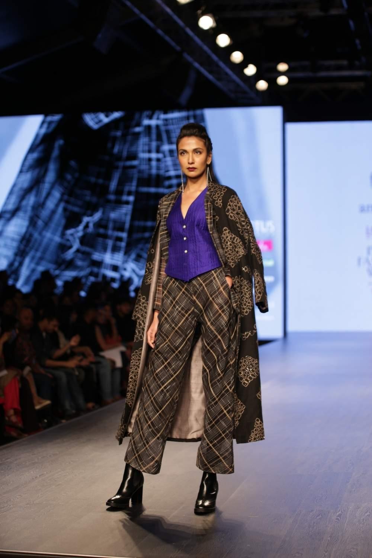 New Delhi: A model walks the ramp showcasing the creations of fashion designer Amrich on the third day of Lotus India Fashion Week in New Delhi, on March 15, 2019. (Photo: Amlan Paliwal/IANS)