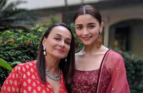 Alia-Bhatt-on-working-with-her-parents-Mahesh-Bhatt-and-Soni-Razdan2