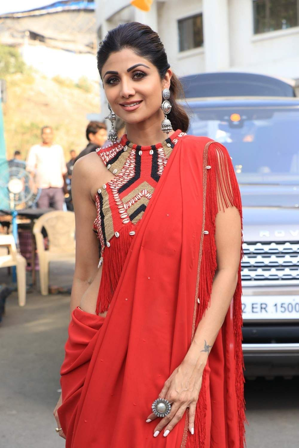 Actor Shilpa Shetty on the sets of Super Dancer Chapter 3 in Mumbai on March 25, 2019. (Photo: IANS)