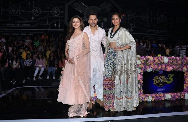 Alia Bhatt, Varun Dhawan and Sonakshi Sinha on the sets of Super Dancer Chapter 3 in Mumbai on March 25, 2019. (Photo: IANS)