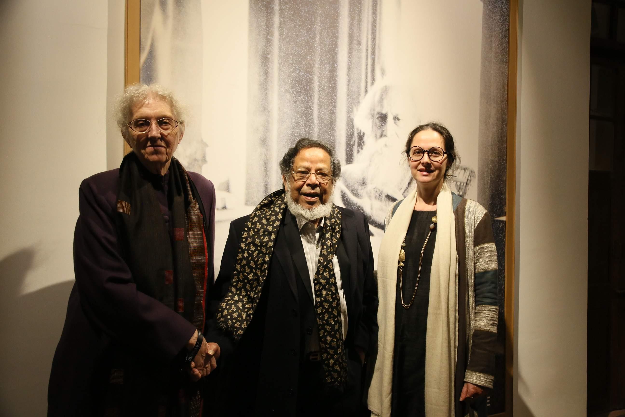 Artist Shakti Burman with Maiti Delteil and daughter Maya Burman