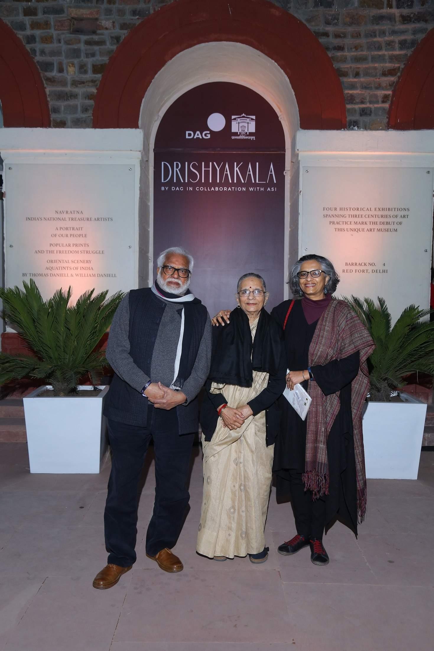 Artists Manu Parekh, Madhvi Parekh and Manisha Parekh