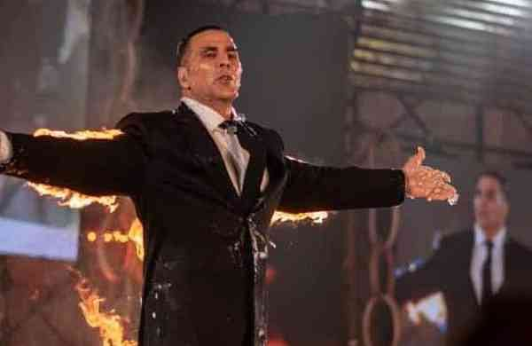 Akshay Kumar Fire stunt