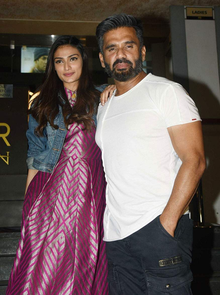 Suniel Shetty with his daughter Athiya