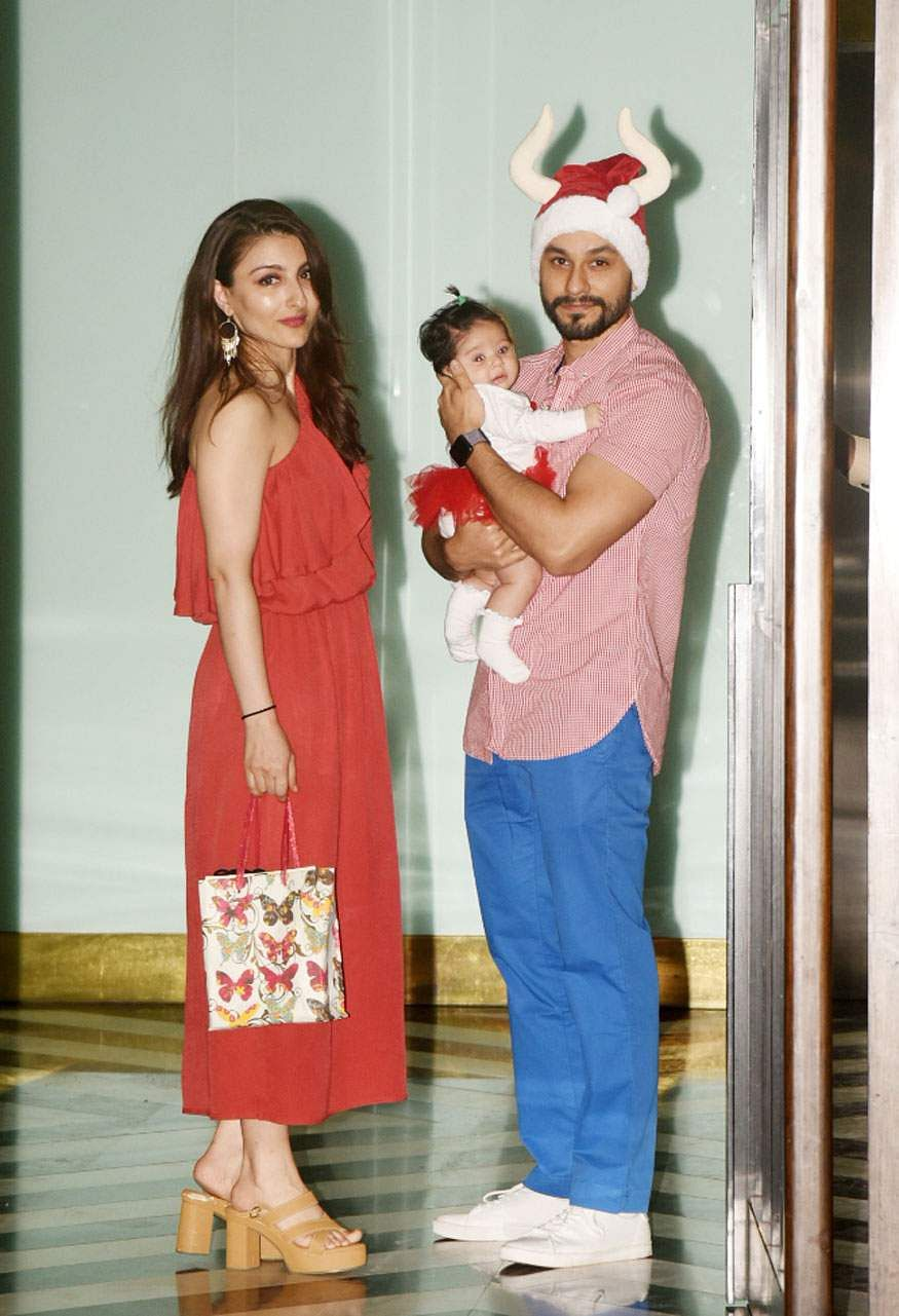 Soha Ali Khan and Kunal Khemu with their daughter Inaaya