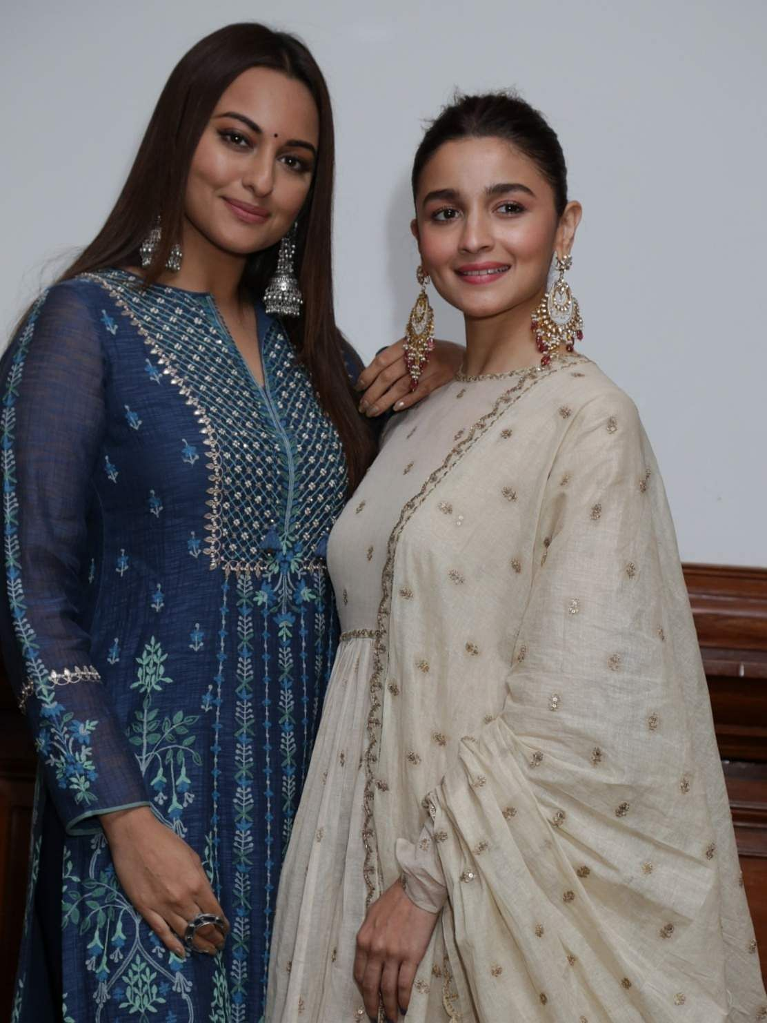 New Delhi: Actresses Alia Bhatt and Sonakshi Sinha during a programme organised to promote upcoming film 'Kalank' in New Delhi, on April 12, 2019. (Photo: Amlan Paliwal/IANS)