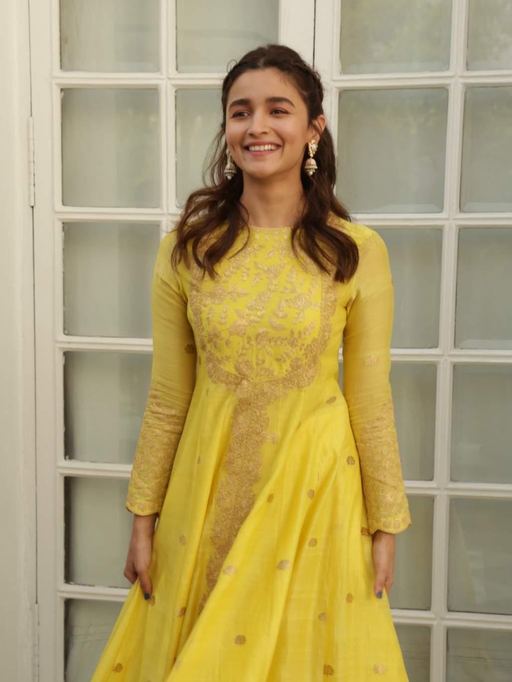 New Delhi: Actress Alia Bhatt at a photo shoot during the promotions of her upcoming film 'Kalank' in New Delhi, on April 13, 2019. (Photo: (Amlan Paliwal/IANS)