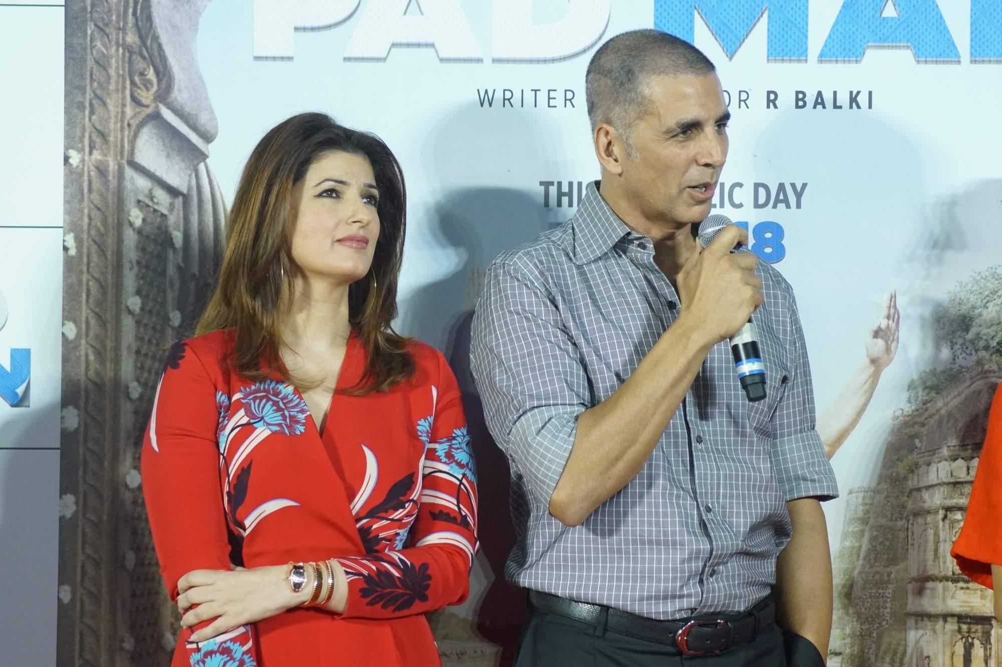 Akshay Kumar and Twinkle Khanna (Photo: IANS)