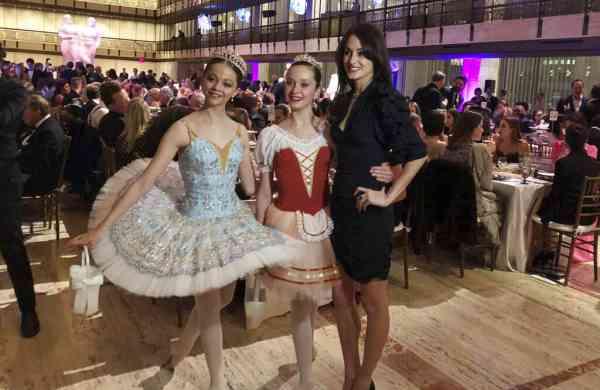 Choreographer Melanie Hamrick poses with dancers at the gala of Youth America Grand Prix (AP Photo/Jocelyn Noveck)