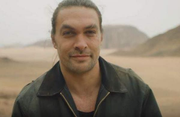 Jason Momoa shaves beard