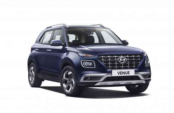 Hyundai_Venue_(2)