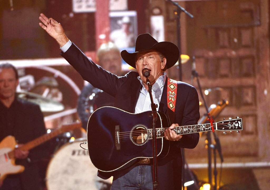 George Strait performs at the conclusion of the 54th annual Academy of Country Music Awards at the MGM Grand Garden Arena in Las Vegas. (Photo by Chris Pizzello/Invision/AP)