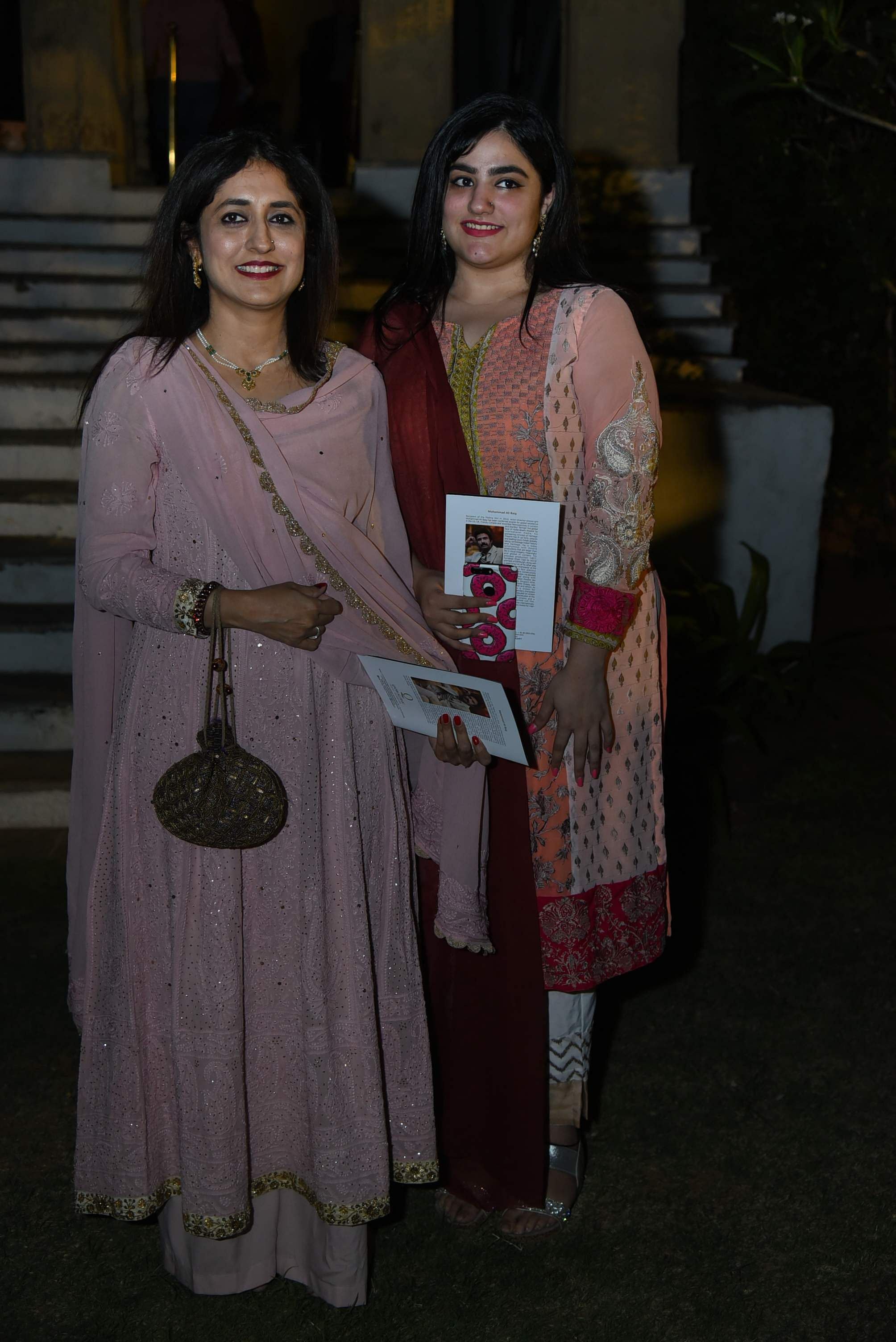 Sumbul_Siddiqui_with_guest