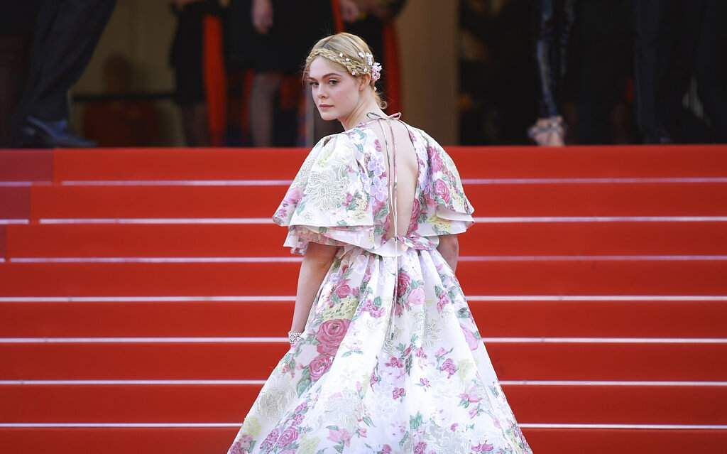 Cannes 2091: Elle Fanning says shefainted at a dinner because her dress was too tight