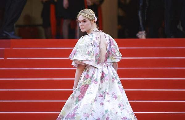Cannes 2091: Elle Fanning says she fainted at a dinner because her dress was too tight
