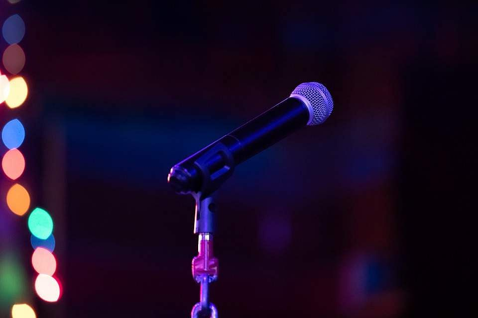 Open-mic night at Unwind Center