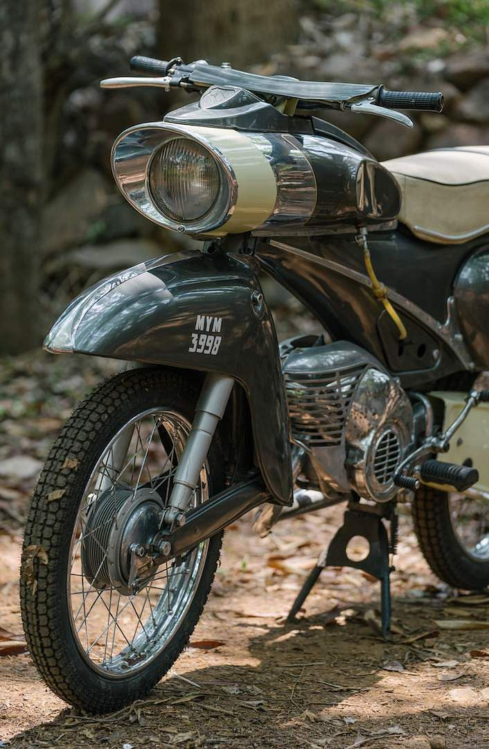 ClassicChase Motorcycles 50. Federation of Historic Vehicles is hosting a Fédération Internationale des Véhicules Anciens show of 200 motorcycles (early-1900s to 1980s) at UB City, June 1 & 2, 2019.