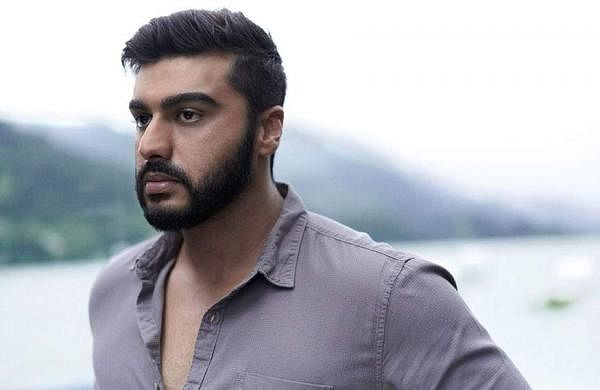 'It's easy to type and judge': Arjun Kapoor responds to troller who shamed him for dating Malaika Ar