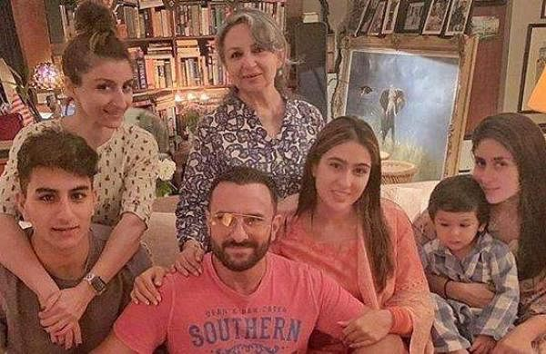 Soha Ali Khan with Saif, Kareena, Sara and others