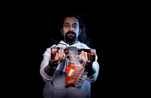 Guitarist Chandresh Kudwa