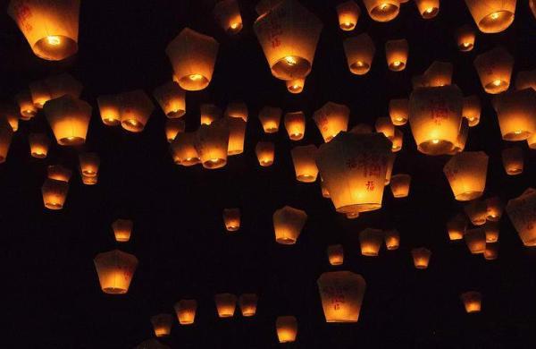 Light_up_the_sky