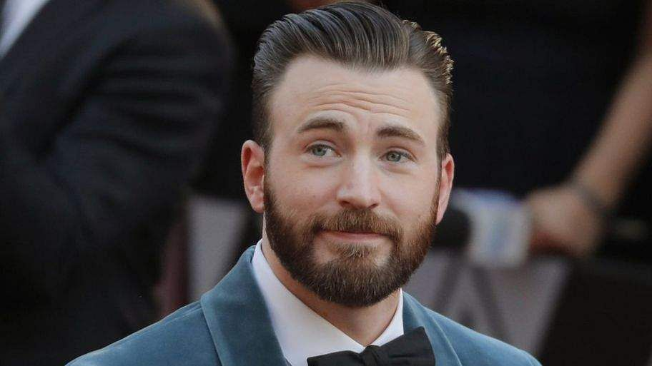 Here's how Chris Evans surprised his former classmates at their high school reunion