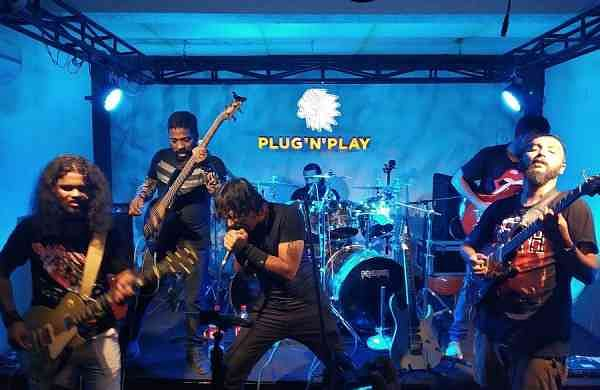 Performance at Plug N Play
