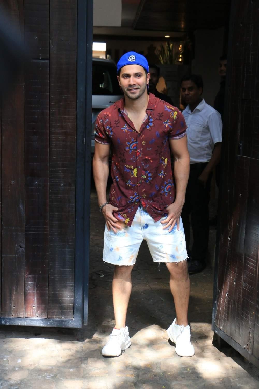 Actor Varun Dhawan arrive to attend actress Sonam Kapoor's birthday party at Anil Kapoor's house in Mumbai on June 9, 2019. (Photo: IANS)